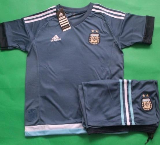 Детская форма сборной Аргентины (гостевая)