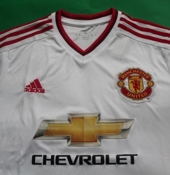 Футбольная форма клуба Манчестер Юнайтед (гостевая)