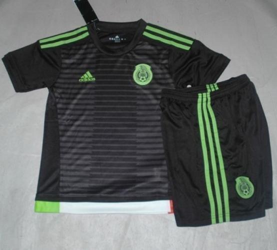 Детская форма сборной Мексики (домашняя)