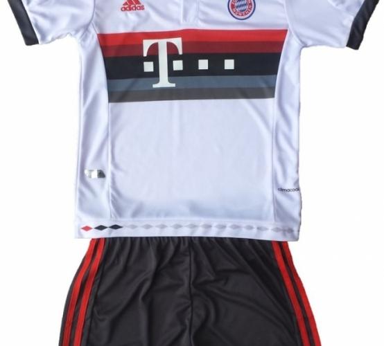 Детская футбольная форма Бавария (гостевая)