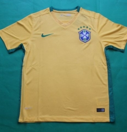 Футбольная форма сборной Бразилии (домашняя)