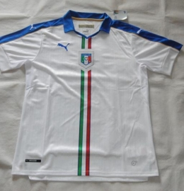 Футбольная форма сборной Италии (гостевая)