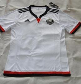 Футбольная форма сборной Германии (домашняя)