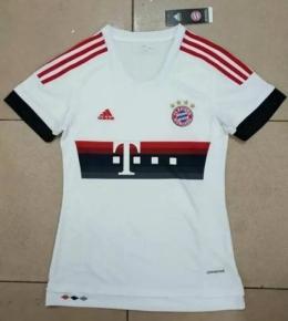 Футболка женская футбольного клуба Бавария (гостевая)