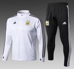 Футбольный костюм сборной Аргентины - белый