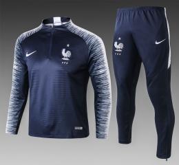 Футбольный костюм сборной Франции 2018-2019 сине-белый